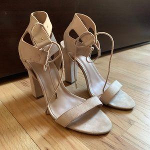 Shoes - Unworn beautiful nude, strappy heels
